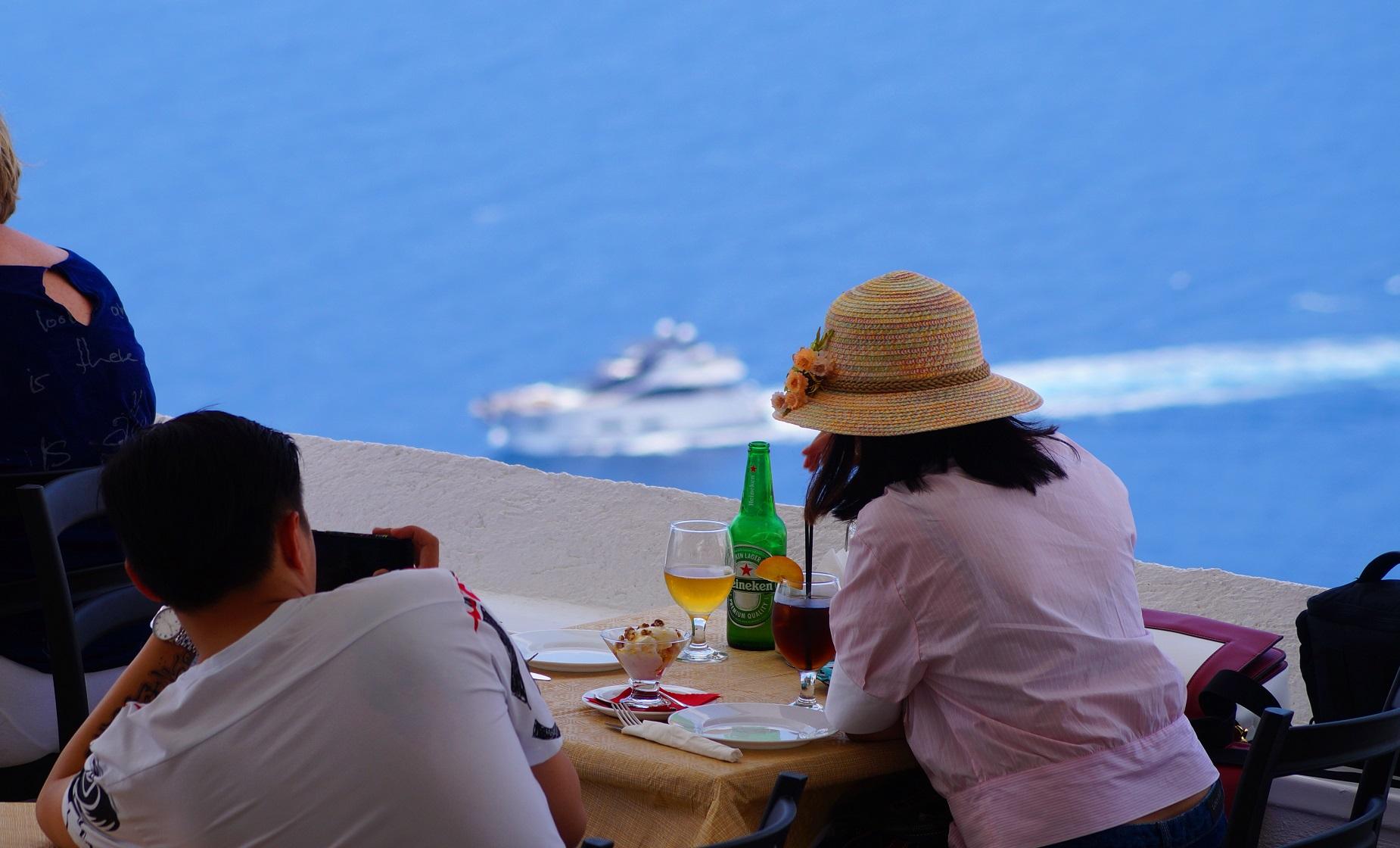 apsithia-oia-view-restaurant