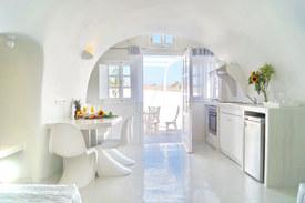 Grand Suite kitchenette