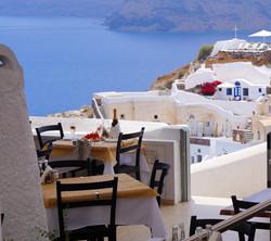 dinner restaurant in oia santorini island