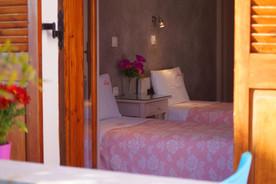 Twin Room in Perissa beach-Santorini