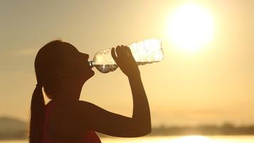 Θερμοπληξία: Συμπτώματα, πρώτες βοήθειες, πρόληψη