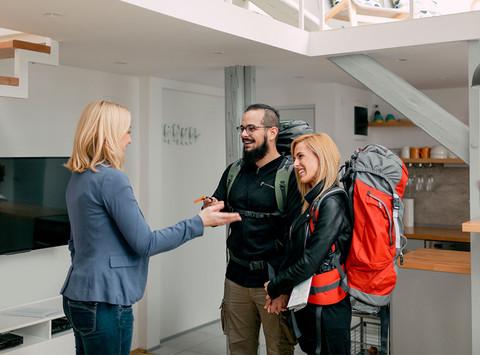 ΟΡΙΖΩΝ Ασφαλιστική: Πρόγραμμα ασφάλισης κατοικίας (Airbnb) - EASY BNB