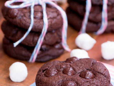 Receita da Noemia - Cookies de Chocolate com Recheio de Marshmallow