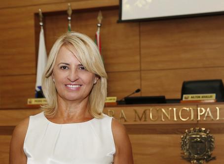 Noemia Rocha quer a campanha 'mulher vota em mulher'