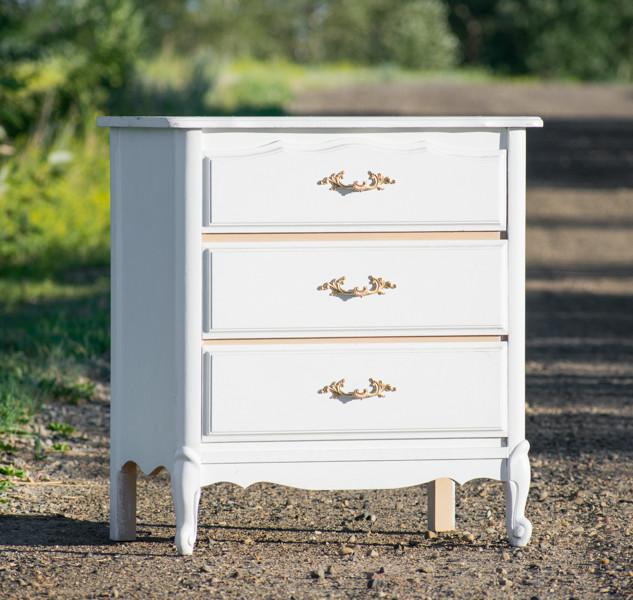 White & Gold Dresser