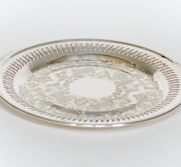 Round Silver Serving Tray 1