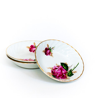 Rose and Wheat Dainties Bowls