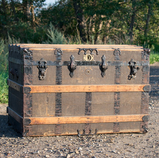 Brown Trunk with Wood Strapping