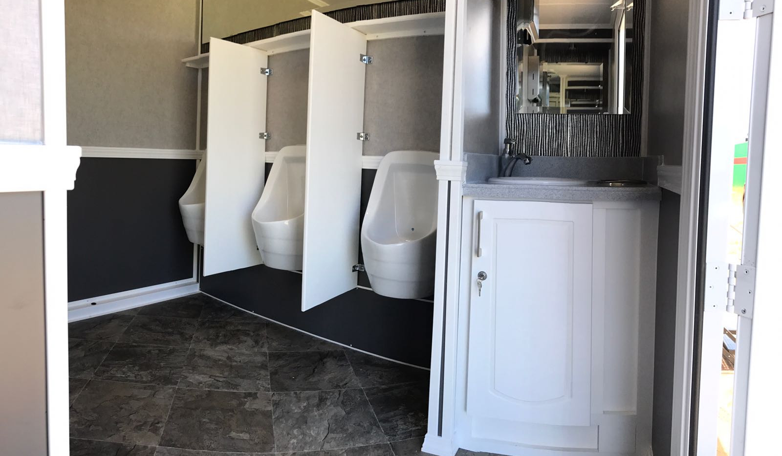 GMSGU Portable Restroom_M
