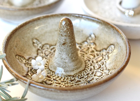 Lacy Pottery Ring Dish