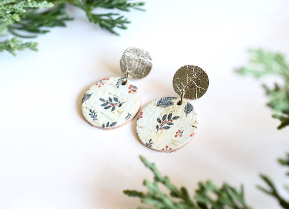 SMALL LEAVES & BERRIES DANGLE EARRINGS