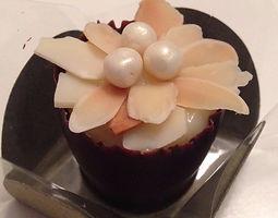 Doces Finos - copinho em flor de amêndoa