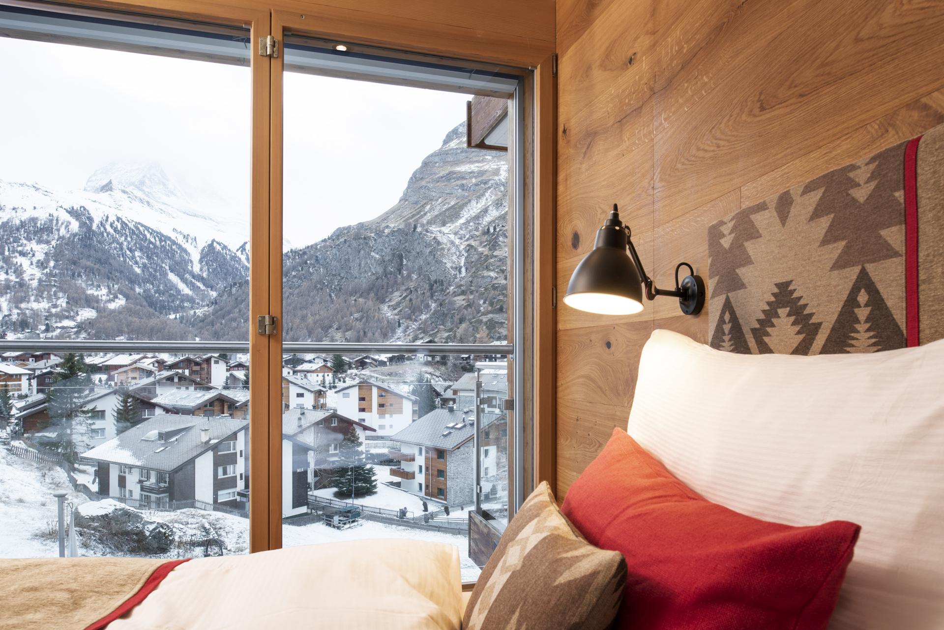 Matterhorn-1 window_klein