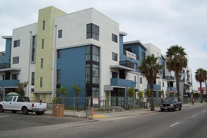Long_Beach_Burnett.JPG