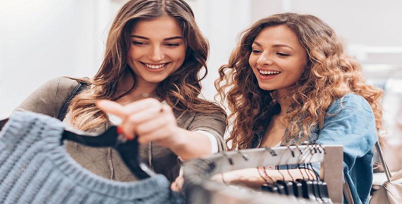 GettyImages-868564524-Einkaufen-Shoppen.jpg