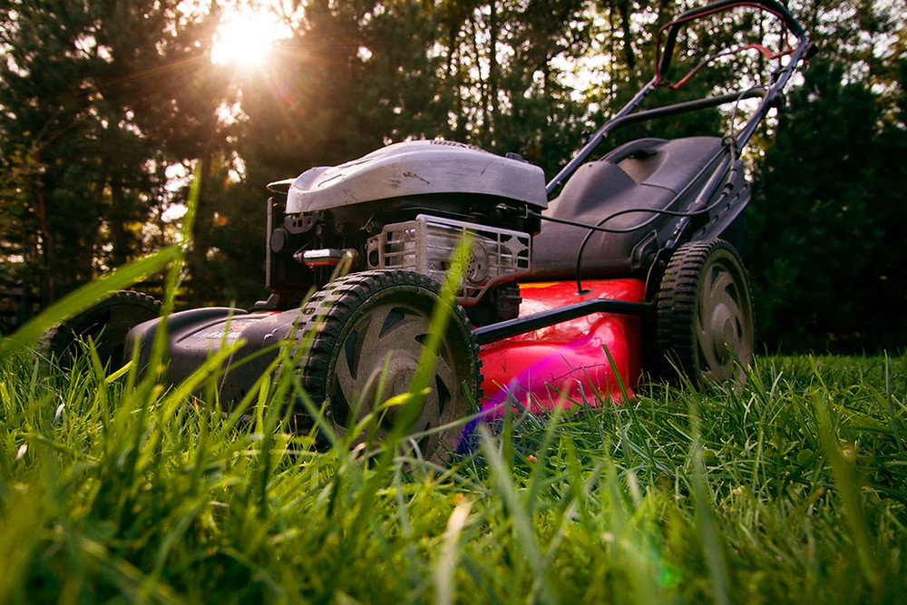 Lawn mower for gardening