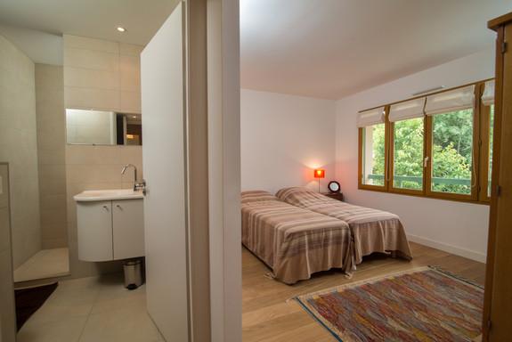 bedroom 2 + Bathroom 2 final.jpg