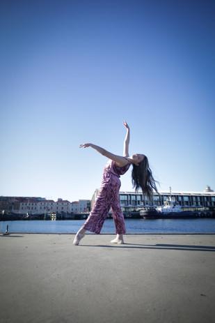 Samantha - The House of Dance