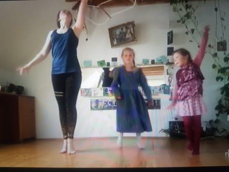 Wohnzimmertanzen: Klingelton-Impro