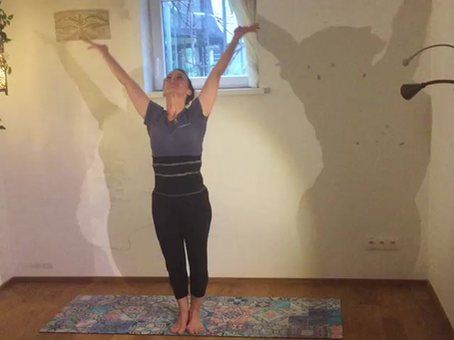 YogaDance WarmUp und Stretching