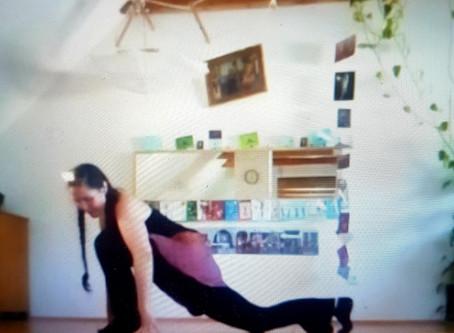 Wohnzimmertanzen: 'Omm' Tanz für 8-12 Jährige 1.Teil