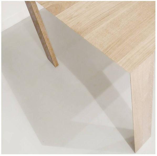 v-table-.jpg