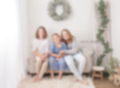 2019 studio mini family web (3).jpg