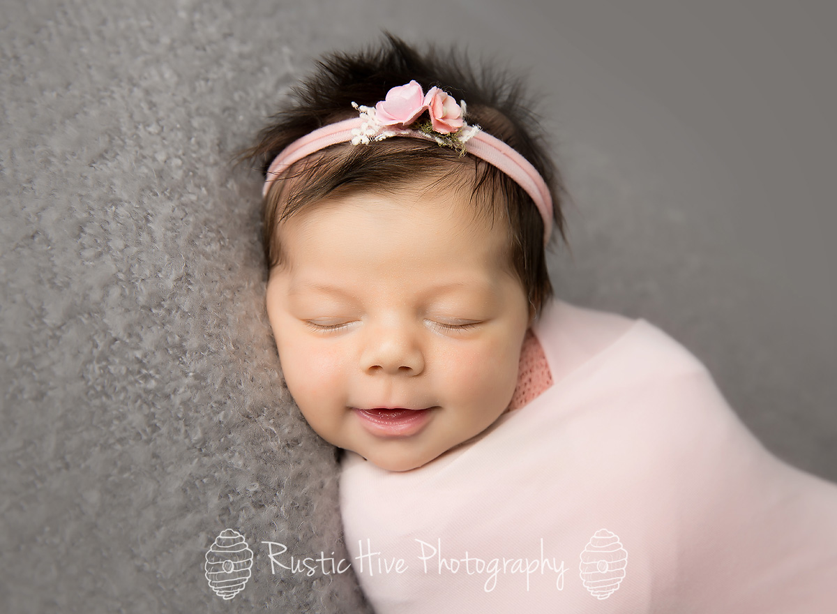 Putnam Newborn Photography