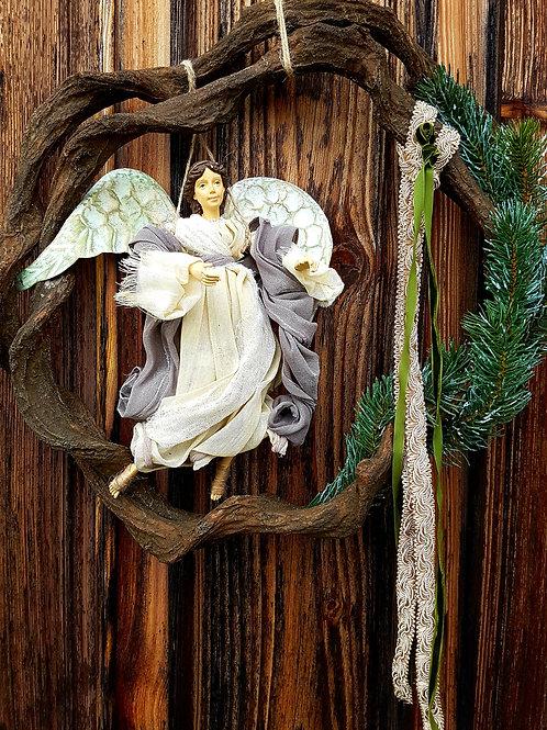 INDRĖS IDĖJOS rankų darbo Kalėdinis vainikas su angelu