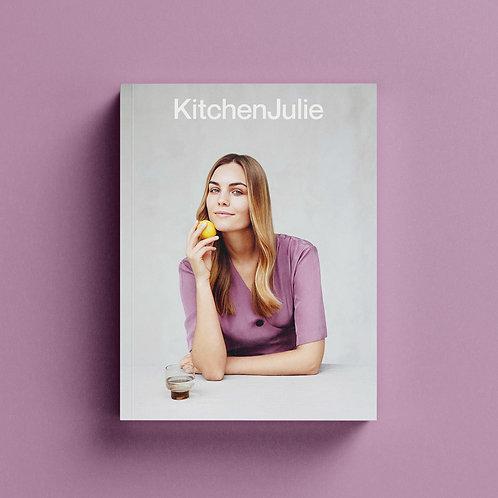 "DVI TYLOS knyga ""Kitchen Julie"""
