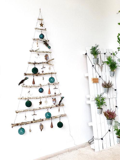 BE SPYGLIŲ kalėdų eglutė. MOSS FOREST