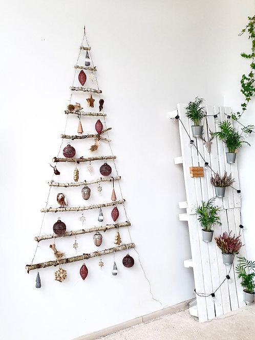 BE SPYGLIŲ kalėdų eglutė. PINK FOREST