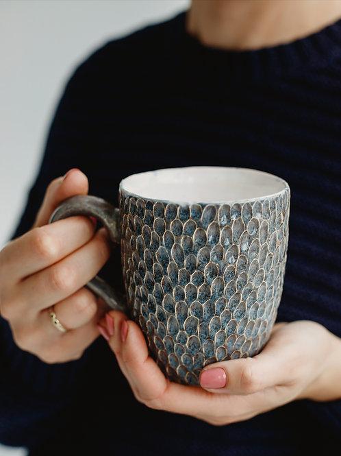 CERAMICAT IV rankų darbo puodelis su įdubimais