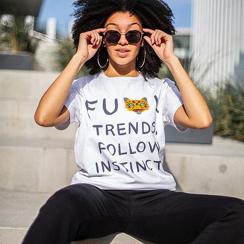 "WILD ME Unisex marškinėliai ""Follow Your Instincts"""