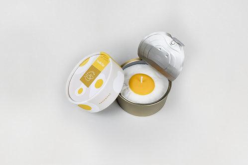 "CANDLECAN žvakė ""Vanilla Egg"""