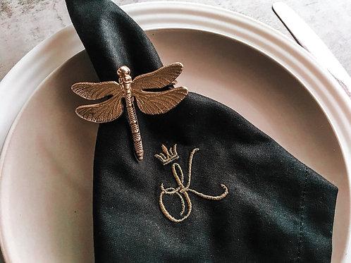 """SEREWORKSHOP siuvinėta rankų darbo servetėlės su inicialais """"Romantika namuose"""""""
