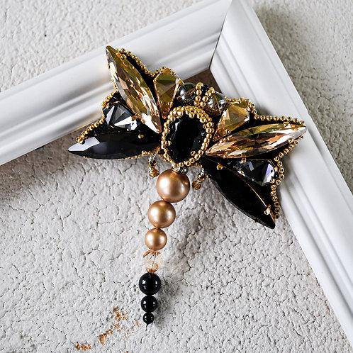 """PerLau Design segė laumžirgis """"CINAMONAS"""" + perlų auskarėliai dovanų"""