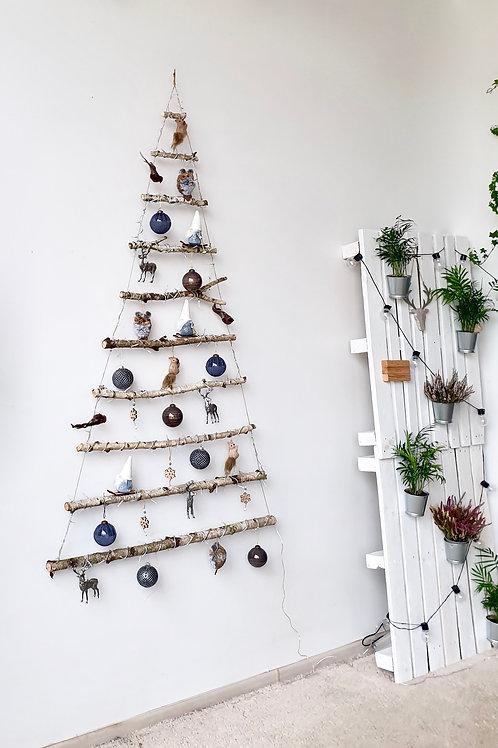 BE SPYGLIŲ kalėdų eglutė. BLUE FOREST