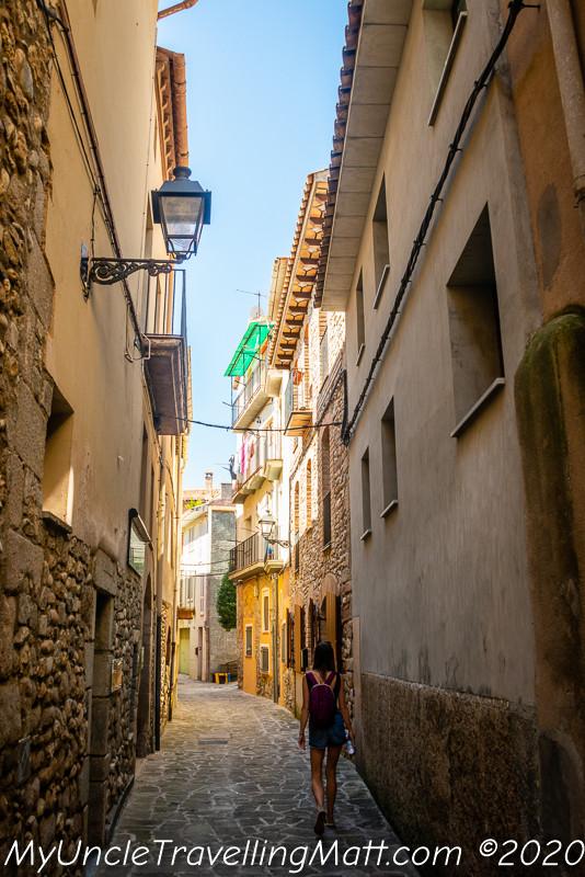 village town poble gironella