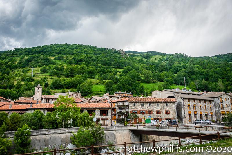 setcases mountain village