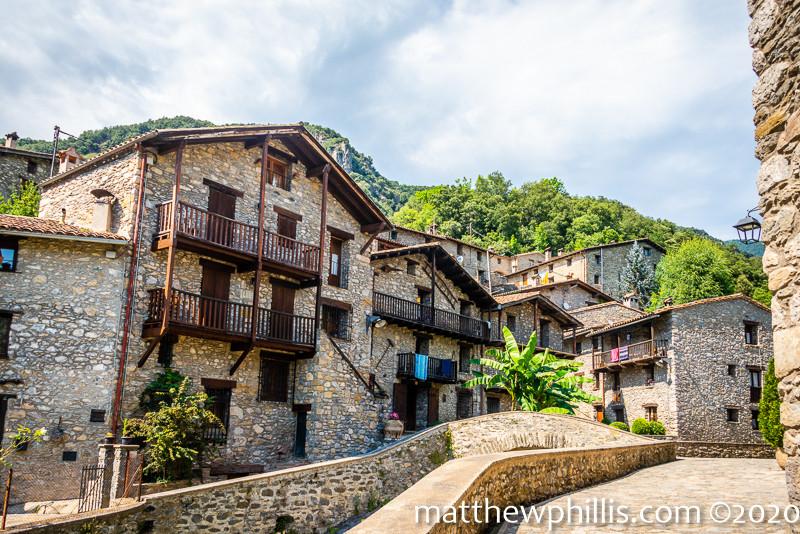 beautiful village beget