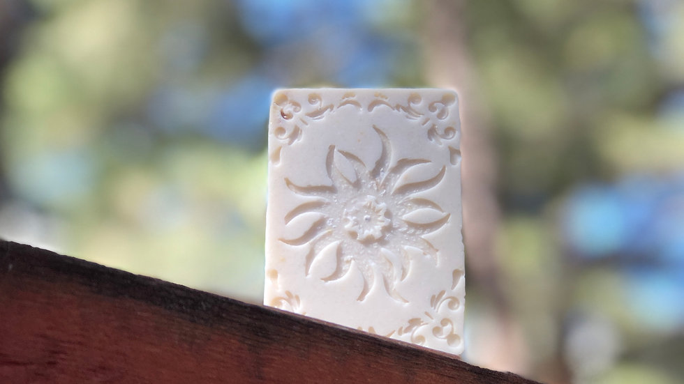 Ivory Salt Facial Bar