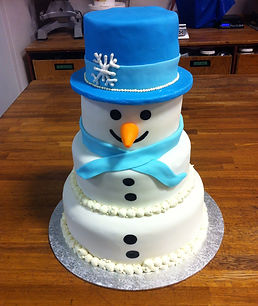 Snowman wedding cake