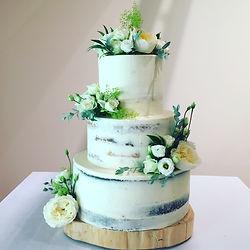 Naked style wedding cake