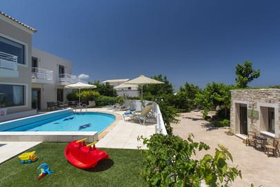 Villa-18-5558.jpg
