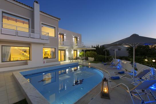 Villa-10-5022.jpg
