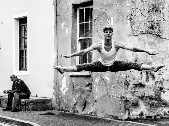 Sven Eric Mueller - Dancer