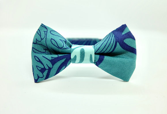 Coral Cat Bow tie