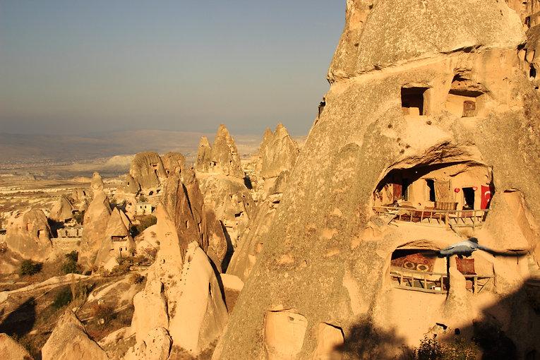 Hot Air Balloon : Cappadocia : Uçhisar : Cave House : Fairy Chimneys