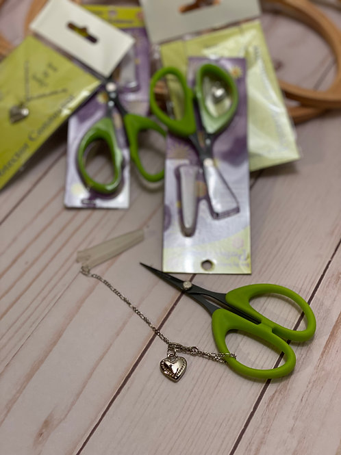 Karen Kay Buckley Perfect Scissors - Small - With Charm Connector